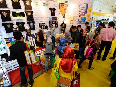 exhibitor-booth-2.jpg