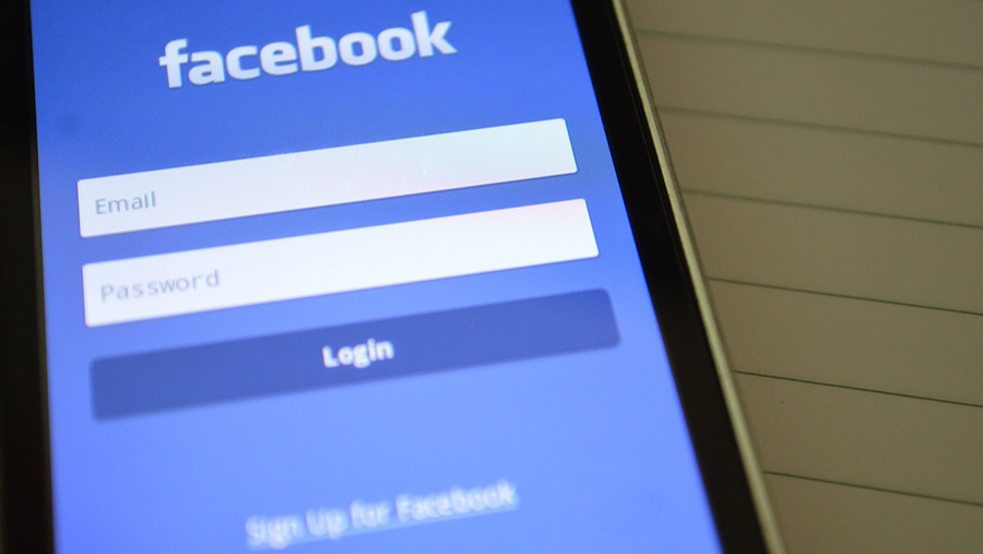 7 Tips for Small Businesses to Adapt to Facebook's News Feed Overhaul