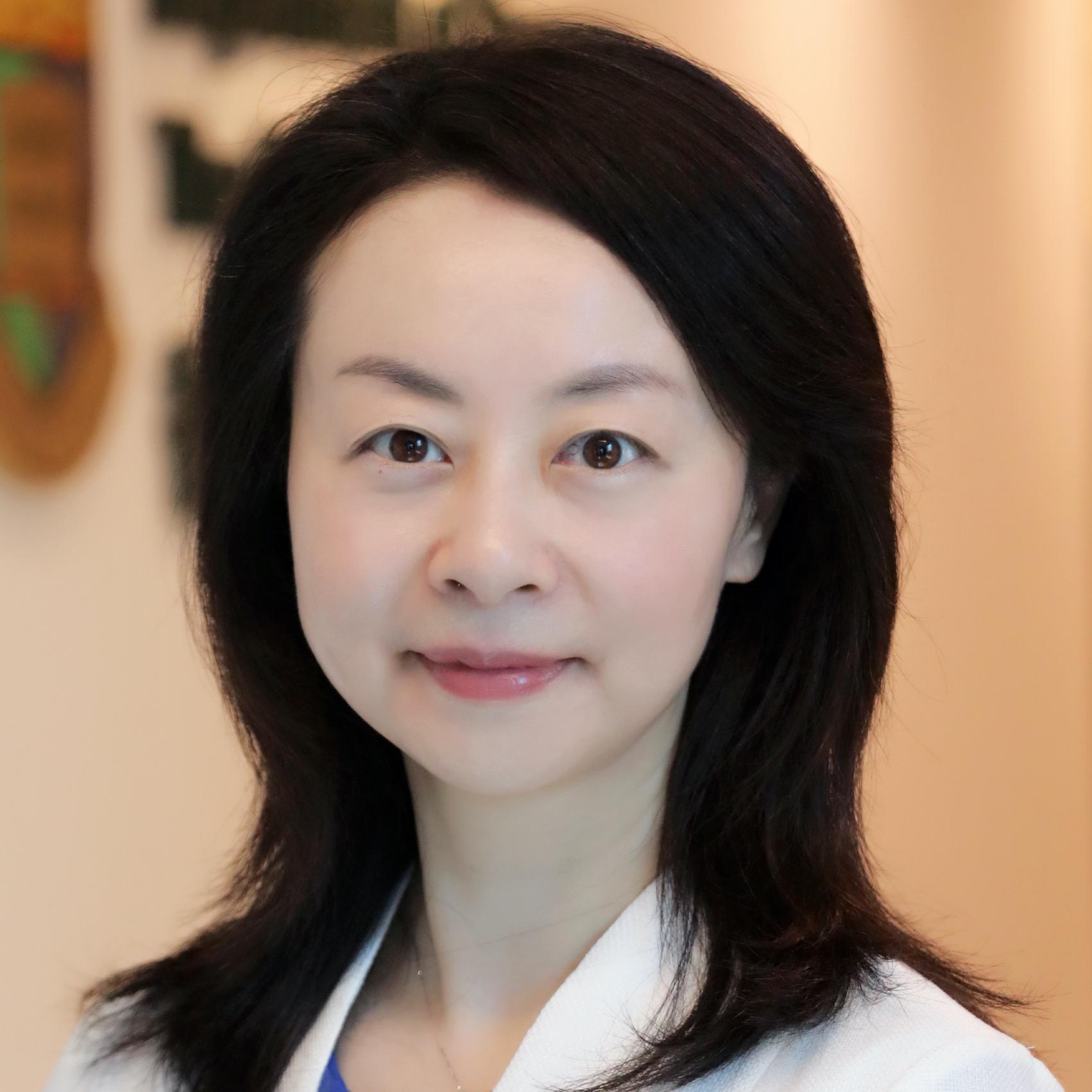 Nancy Kwan Man